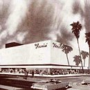 1957 - Harris' - Riverside Plaza