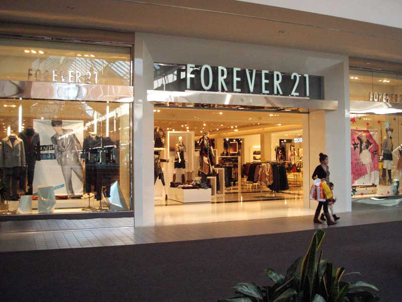 Forever 21 Completes Move And Makeover At Galleria